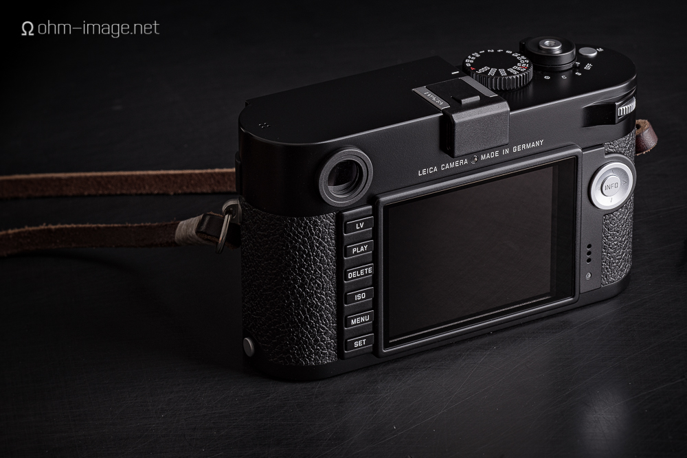 Leica M typ240 back.jpg