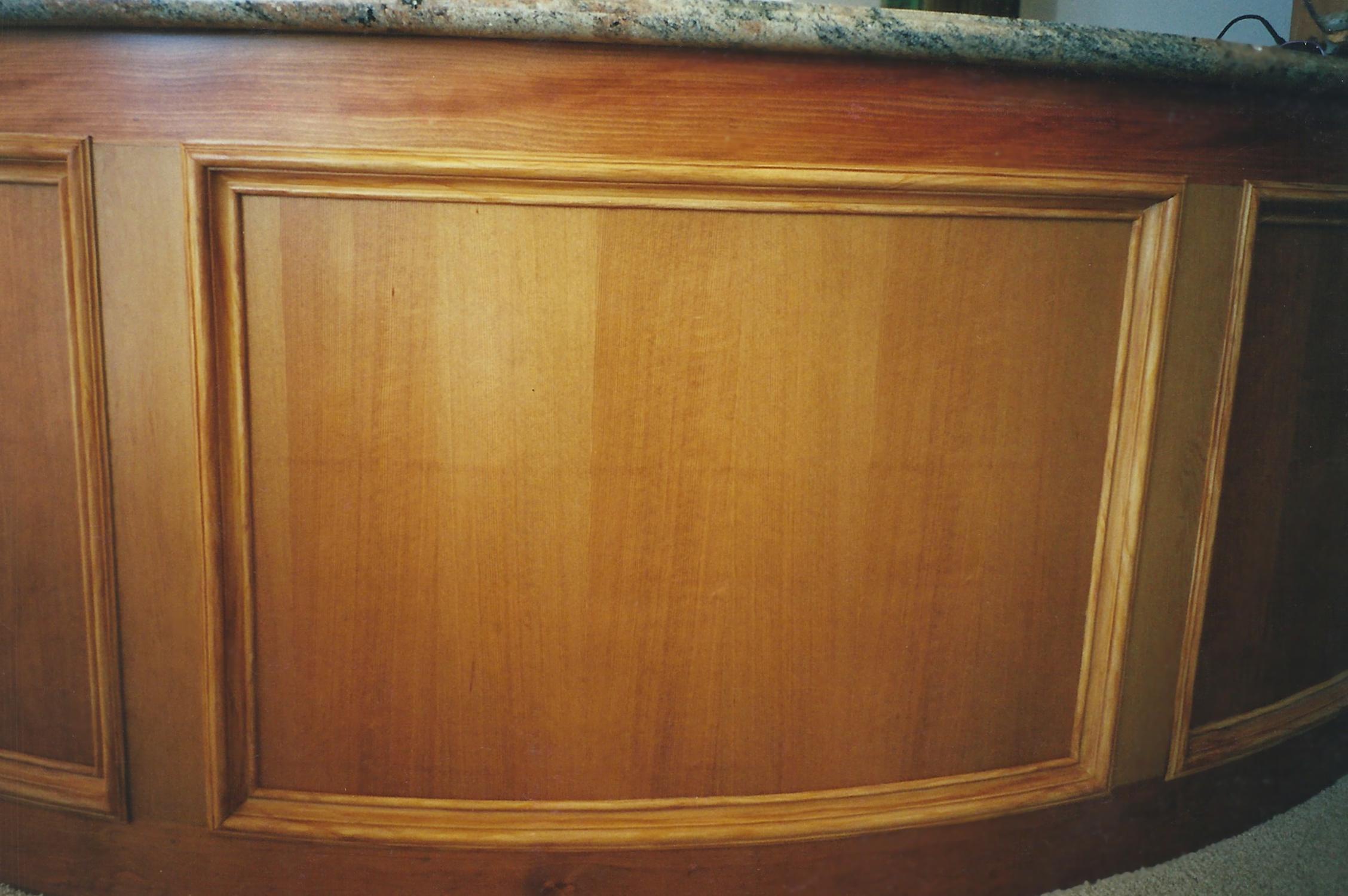 wood-grain molding