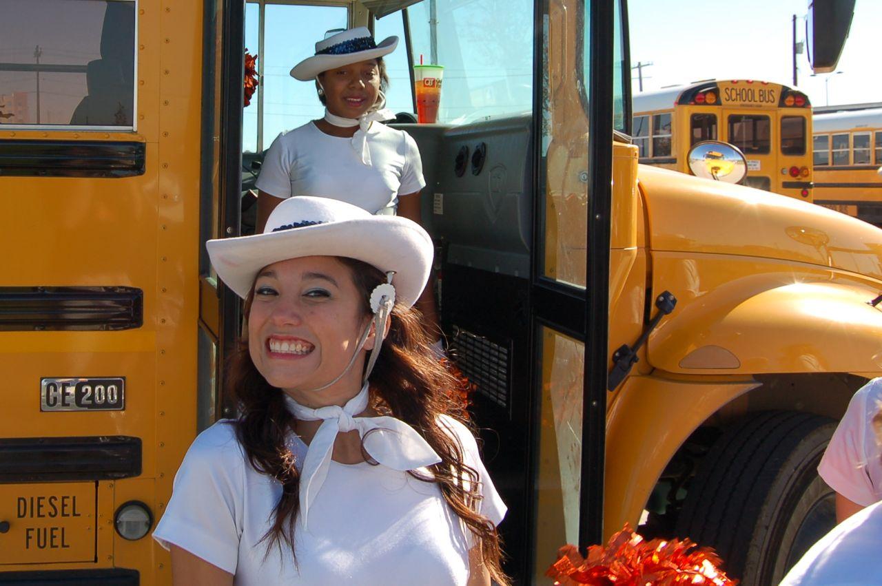 WHSLL Frisco Holiday Parade 11-08-08 - 03.jpg