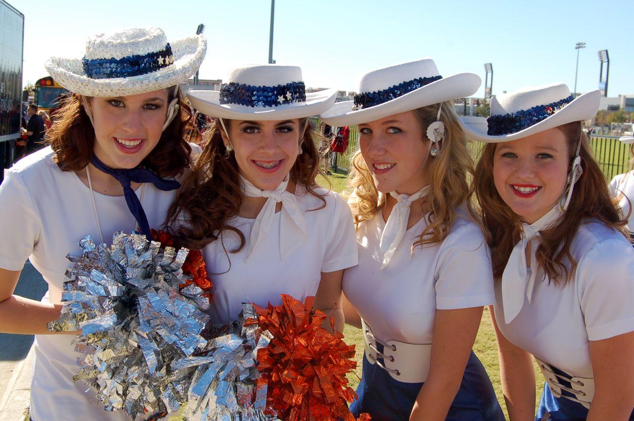 WHSLL Frisco Holiday Parade 11-08-08 - 04.jpg