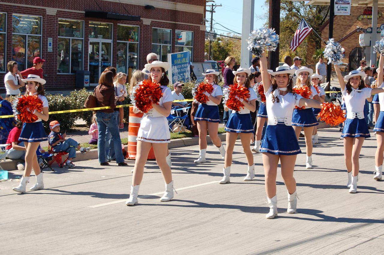 WHSLL Frisco Holiday Parade 11-08-08 - 07.jpg