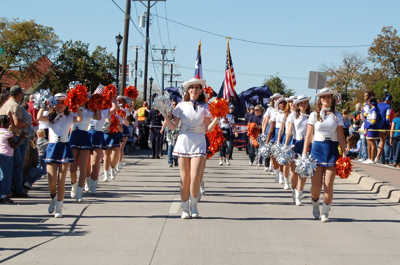 WHSLL Frisco Holiday Parade 11-08-08 - 06.jpg