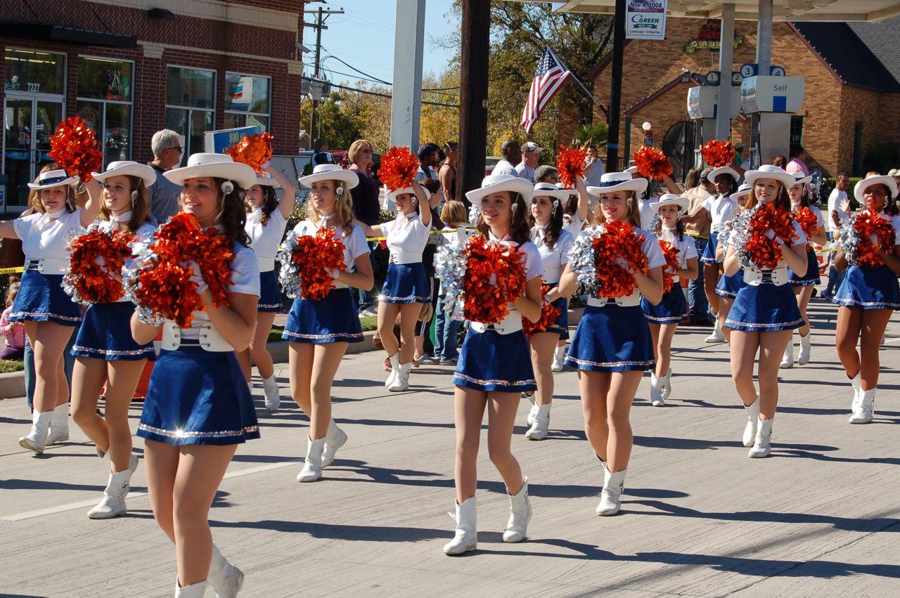 WHSLL Frisco Holiday Parade 11-08-08 - 08.jpg
