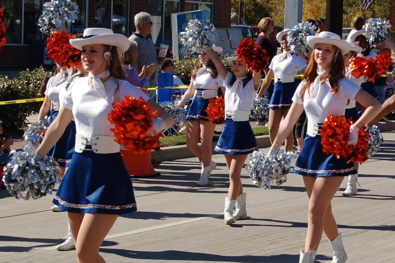 WHSLL Frisco Holiday Parade 11-08-08 - 10.jpg