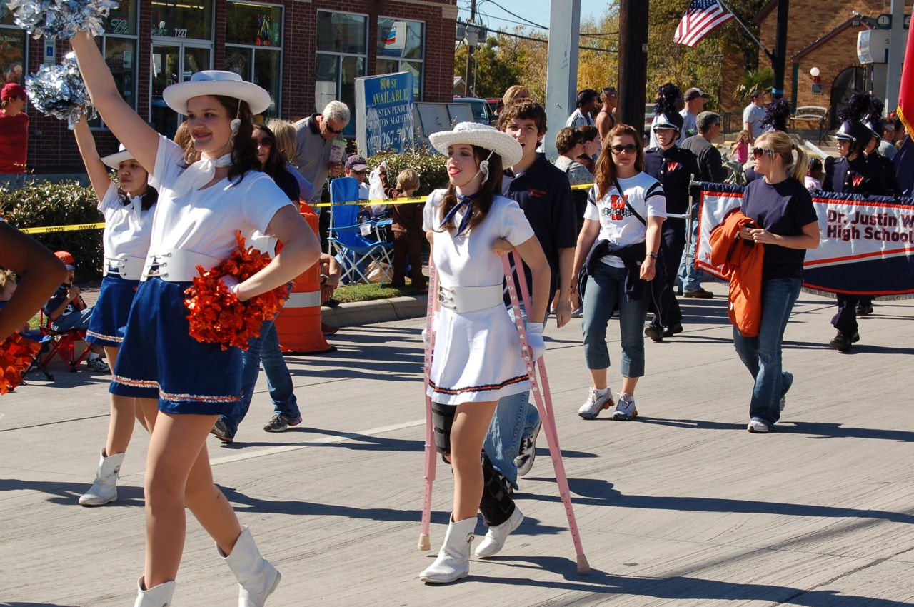 WHSLL Frisco Holiday Parade 11-08-08 - 12.jpg