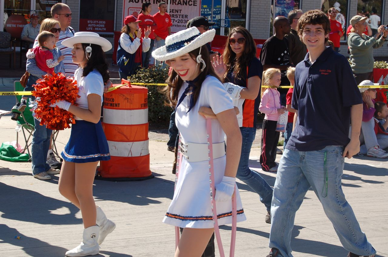 WHSLL Frisco Holiday Parade 11-08-08 - 14.jpg