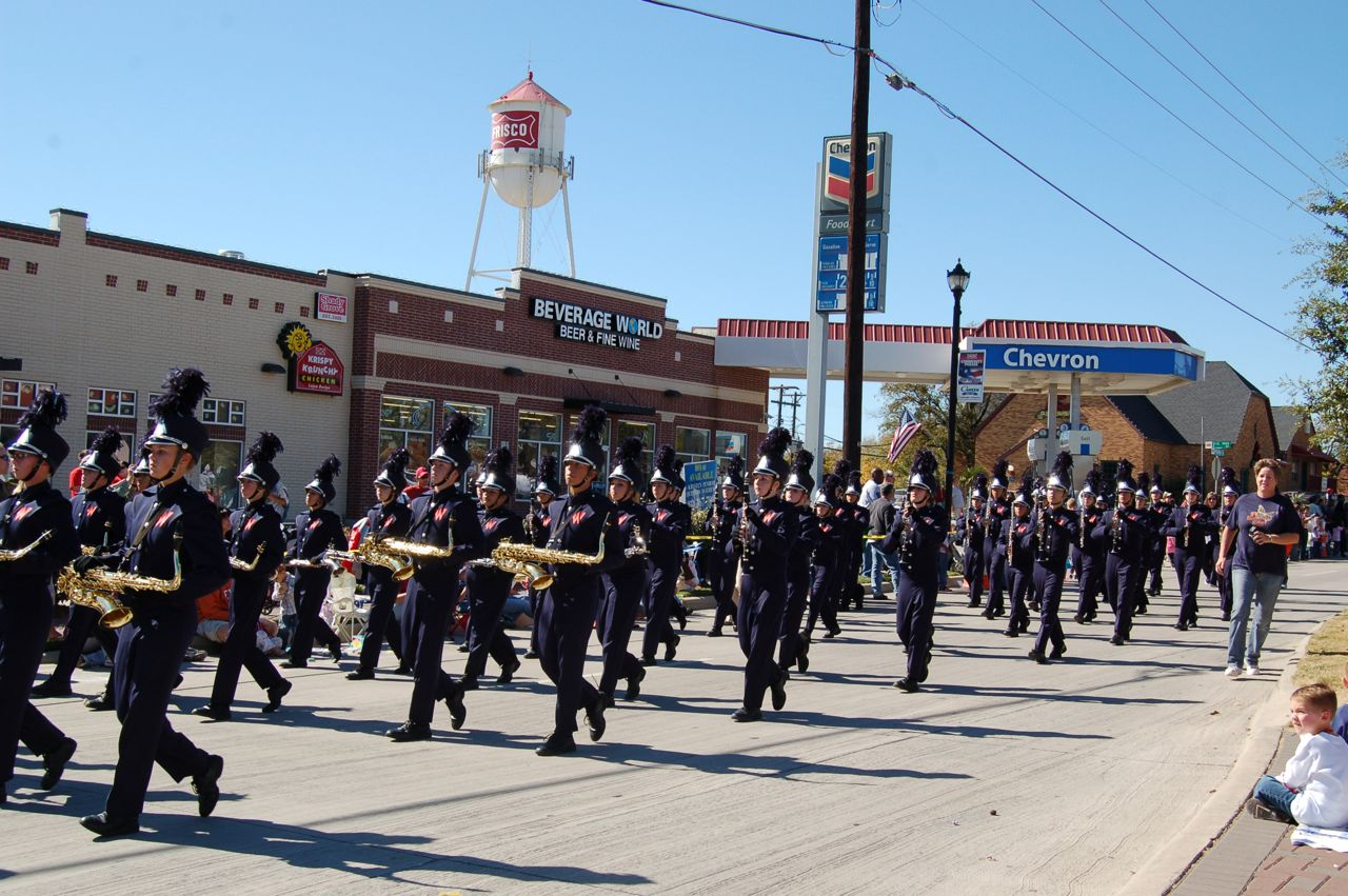 WHSLL Frisco Holiday Parade 11-08-08 - 16.jpg