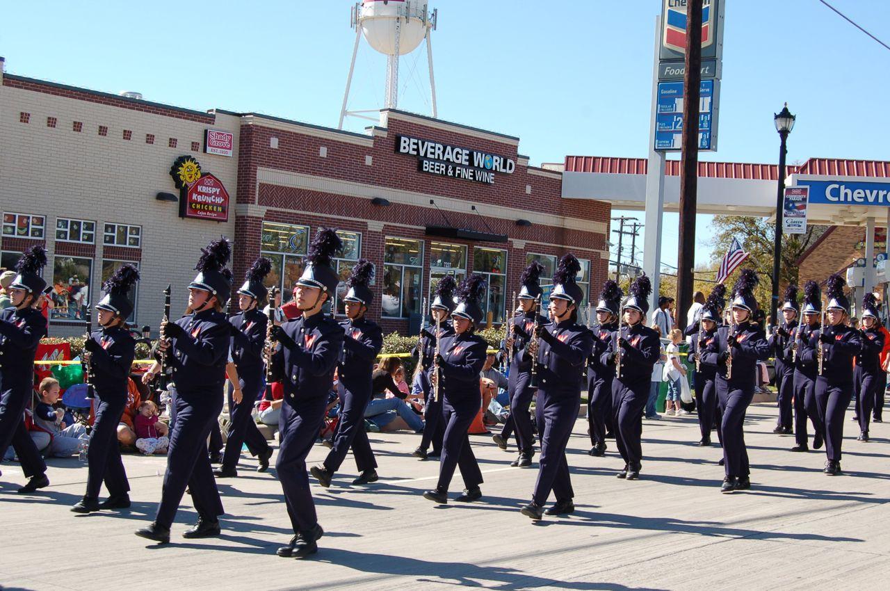WHSLL Frisco Holiday Parade 11-08-08 - 17.jpg