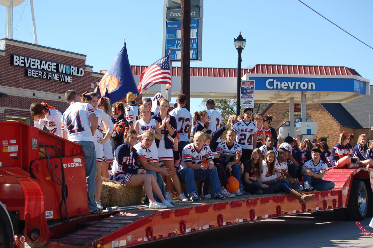 WHSLL Frisco Holiday Parade 11-08-08 - 18.jpg