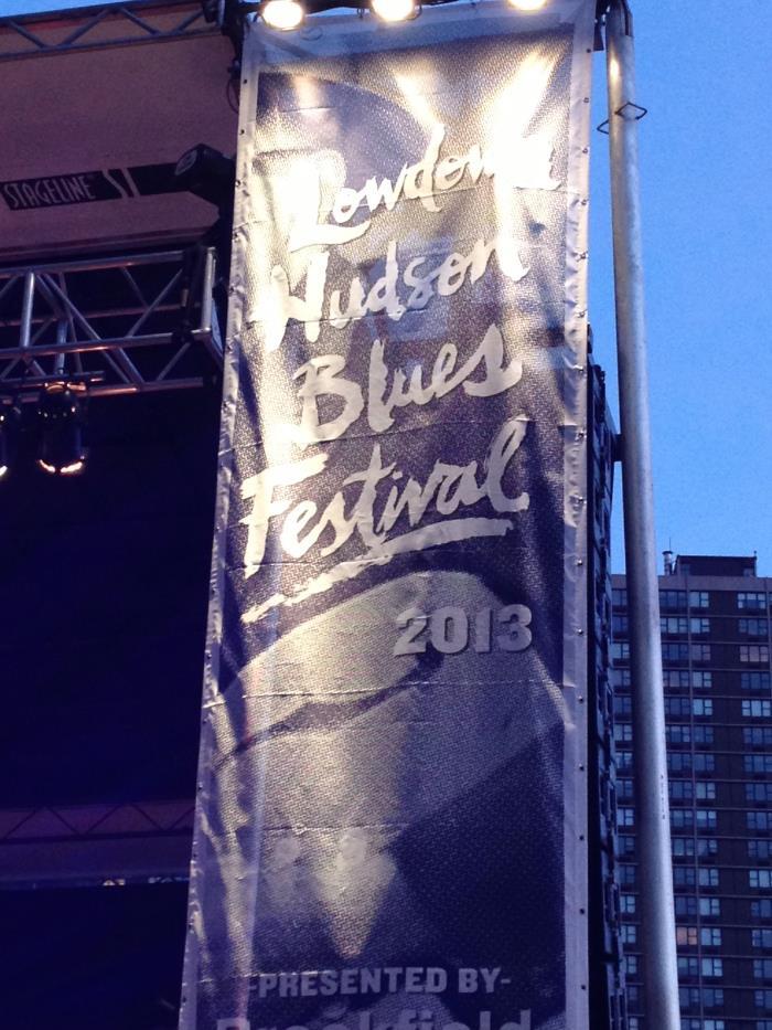 I lovedLos Lobos, Los Lonely Boys & Alejandro Escovedo! So good! Outdoor concerts are the best!
