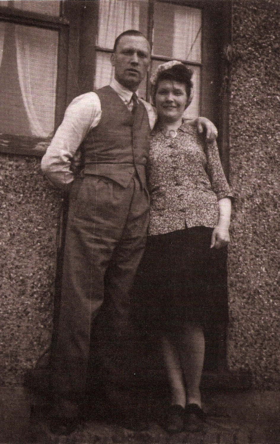 My grandparents Charles and Doris just after WWII. My Nan was a talented seamstress and made dresses for my Mum just from a description. During the war she made planes; many seamstresses did as they could follow construction patterns.