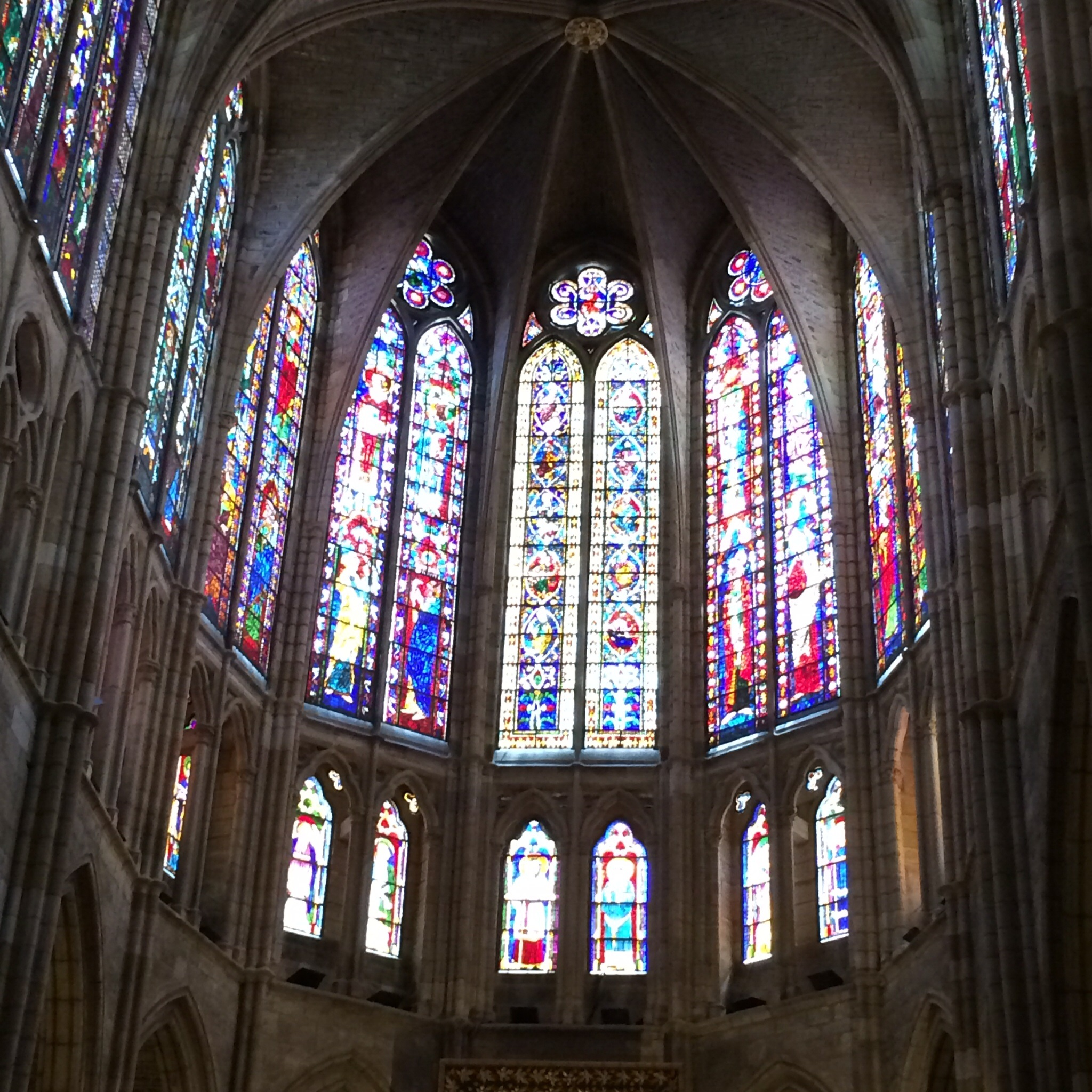 This is one interior shot of the Catedral de Santa Maria de Leon.