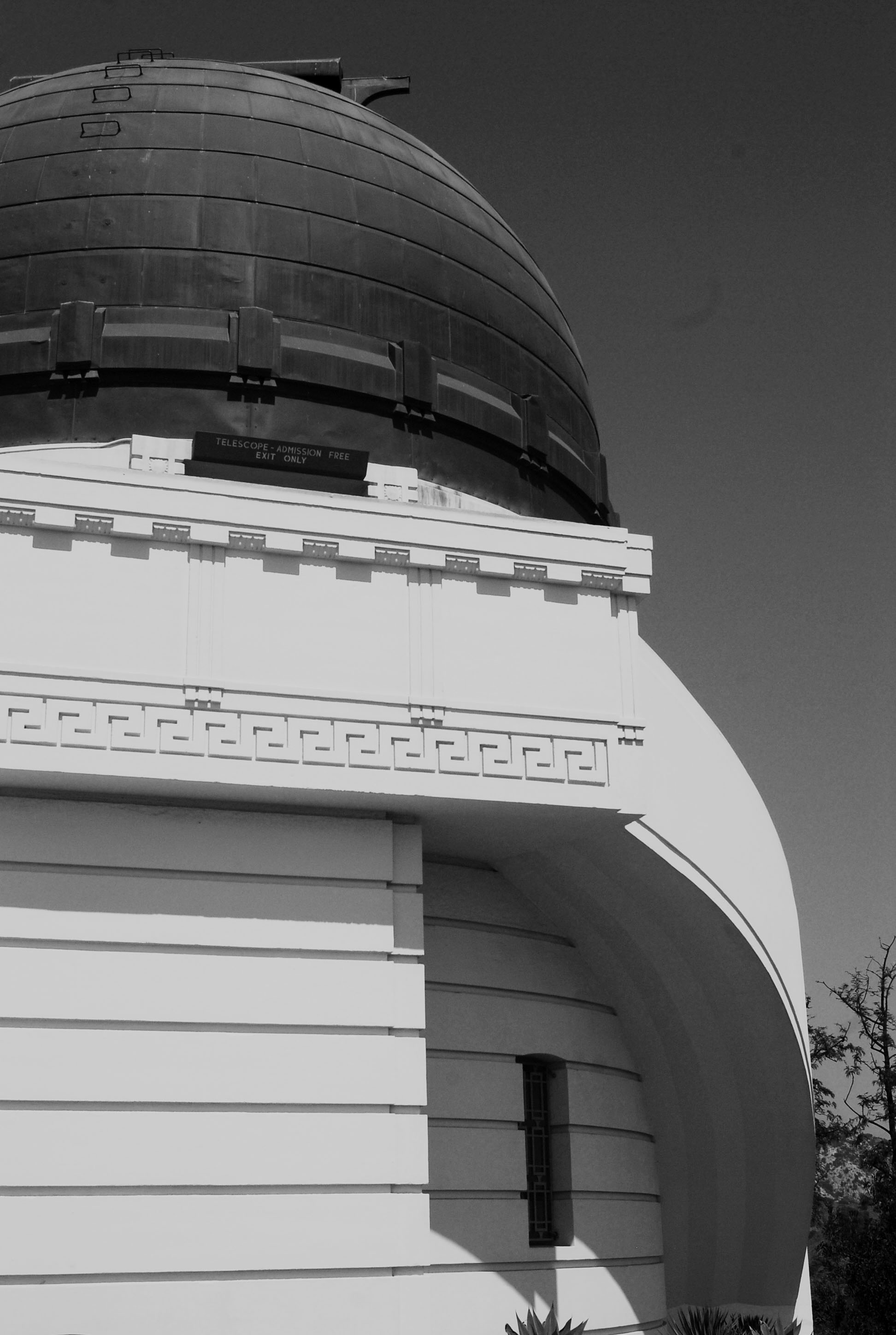 Griffith Observatory_BW.jpg