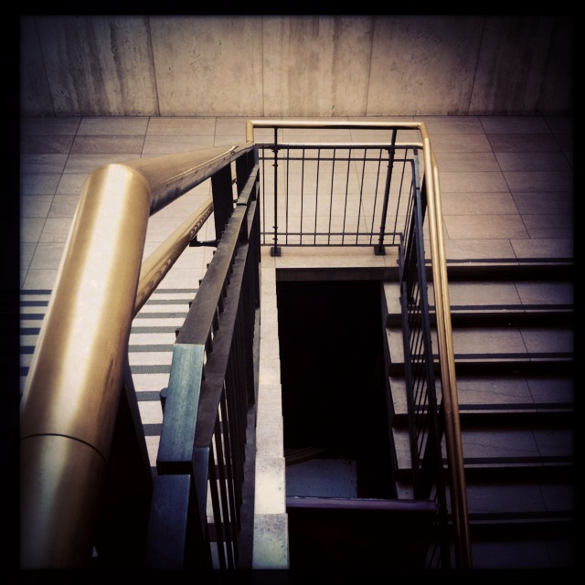 GriffithObservatory_stairs.JPG