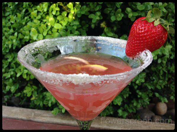 Strawberry Lemon Kiss Martini