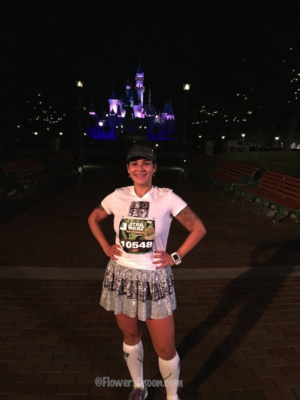 rundisney star wars 10k disneyland castle