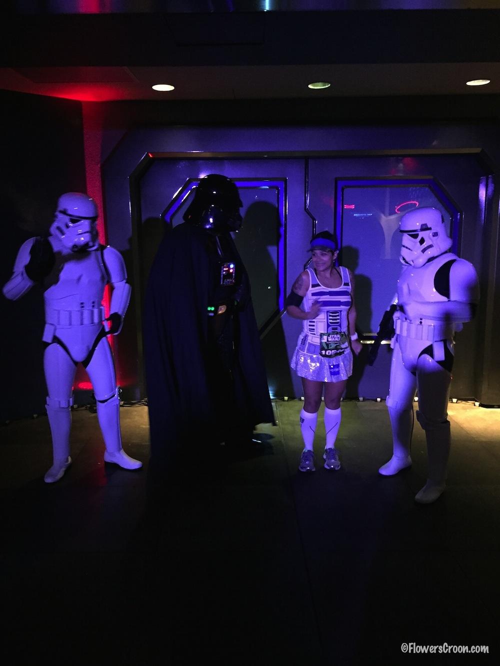 darth-vader-storm-troopers-star-wars-half.jpg
