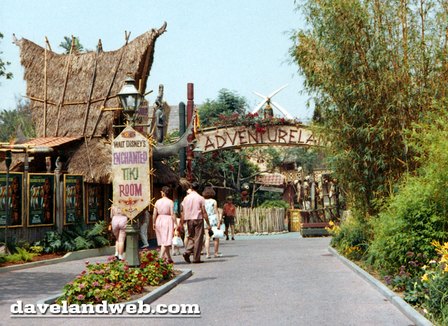 Tiki Room 1963. Photo: Davelandweb.com Please click photo to visit his site for more amazing photos
