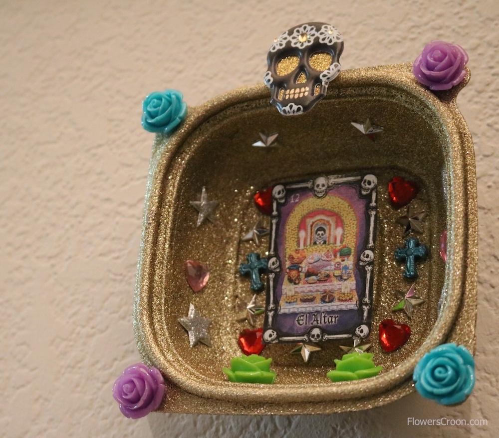 -dia-de-los-muertos-altar-diy