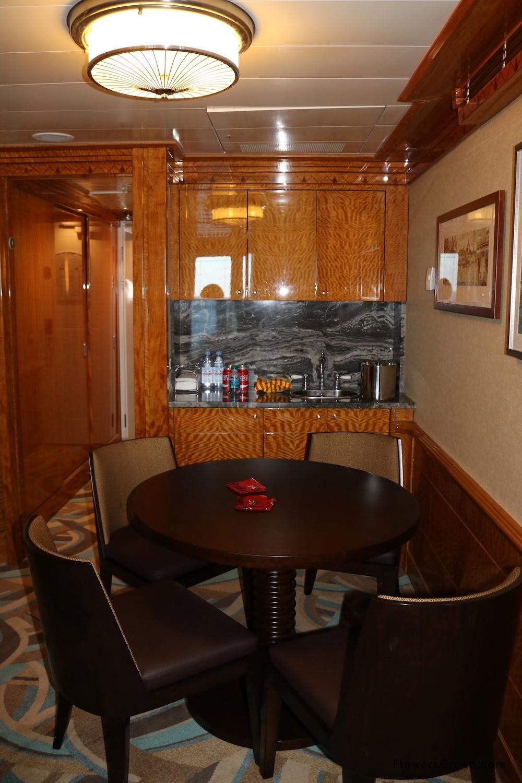 Wet bar and kitchen area of Disney Wonder Concierge Suite