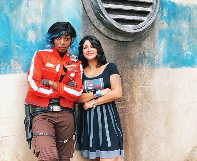 We're just two Resistance spies living on Batuu, standing up to the First Order. NBD.  Go visit Vi Moradi at #StarWarsGalaxysEdge! The land is amazing! I'm still glowing from my days at the #BlackSpireOutpost and can't wait to go back! @disneyland @starwars . . . . . . #wonderlanddiaries #batuu #bluestripewall #vimoradi #outerrim #starwars #galaxysedge #galaxysedgedisneyland #disneyland #happiestplaceonearth #mydisneylife #disneylatina #disneystyle #estilodisney #disneysmc #disneylatinamom #disneylandia #disneylatinos #disneylatino #disneybound #boundersofcolor #blackspire #wallsofbatuu #wallsofdisney #disneywalls #disneywall #disneylandwalls #wallsofdisneyland @batuubluewall
