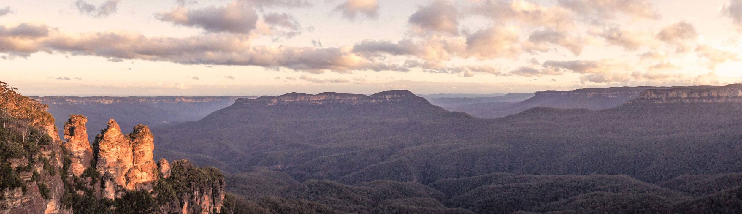 The Three Sisters - Jamison Valley View