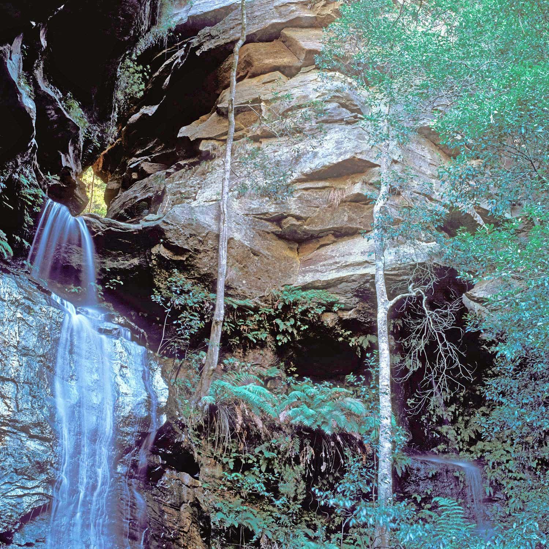 Warren-Hinder-LR-Empress-Falls-Valley-of-the-waters.jpg