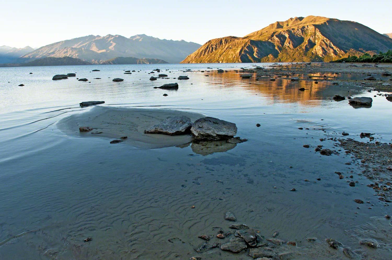 Warren-Hinder-LR-Lake-Wanaka-sunset.jpg