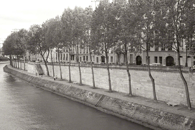 Warren-Hinder-LR-Seine-View-Paris.jpg