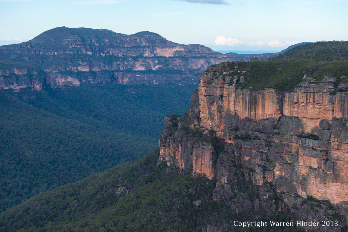 Copyright-Warren-Hinder-2013-Grose-Valley-Hanging-Rock-3.jpg
