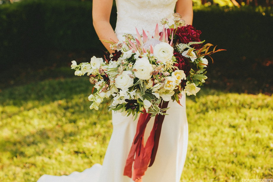 king-protea-bouquet.jpg