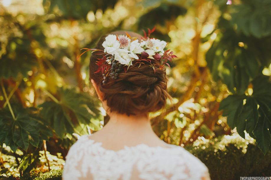 bridal-hair-flowers.jpg