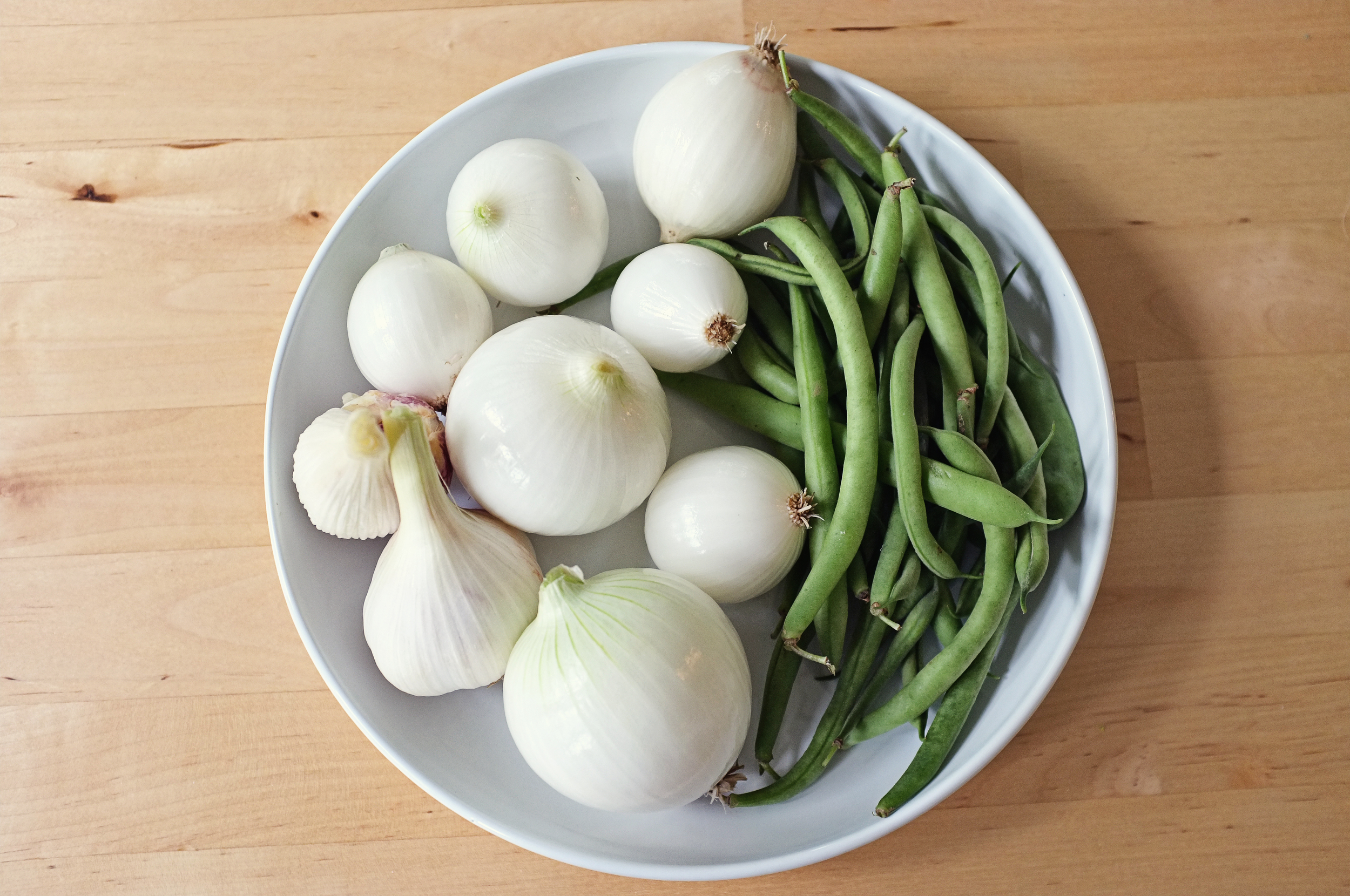 Garlic, onions, and green beans