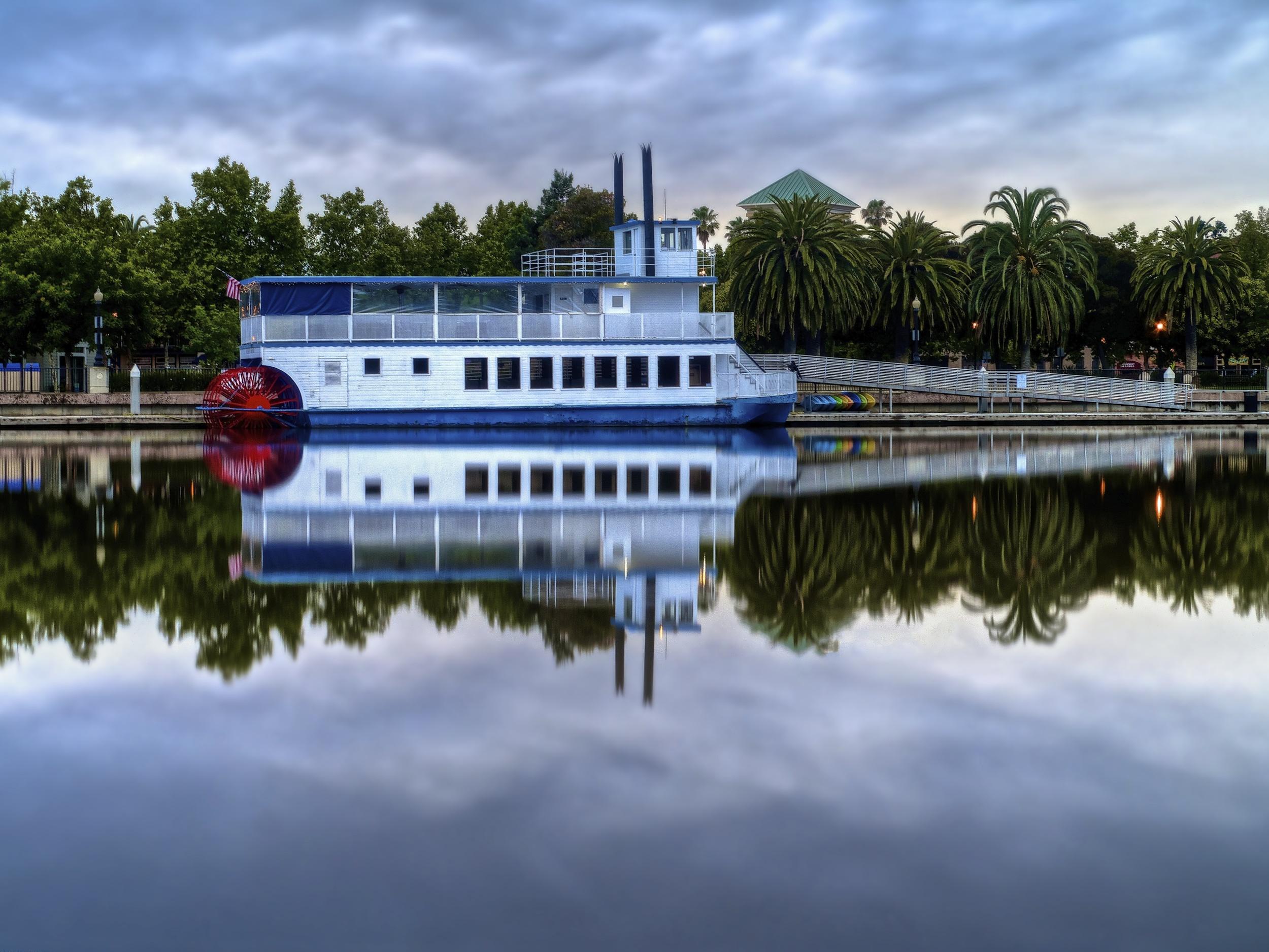 Riverboat Matthew McKinley