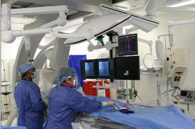 Hybrid-OR-Operating-Room-Toshiba-Infinix-Skytron-LED-Lights-Booms-St.-Bernadine-CA-2.jpg