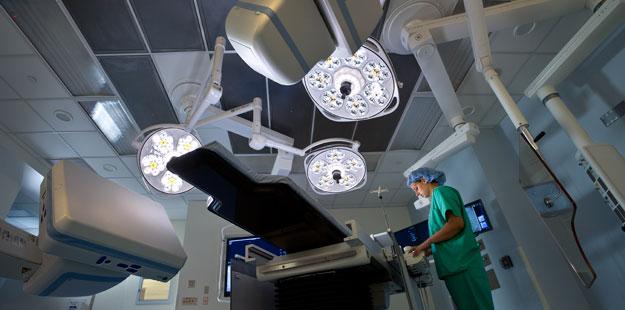 Hybrid-OR-Operating-Room-Siemens-Zeego-Skytron-LED-Surgical-Lights-St-Vincent-CT-3.jpg