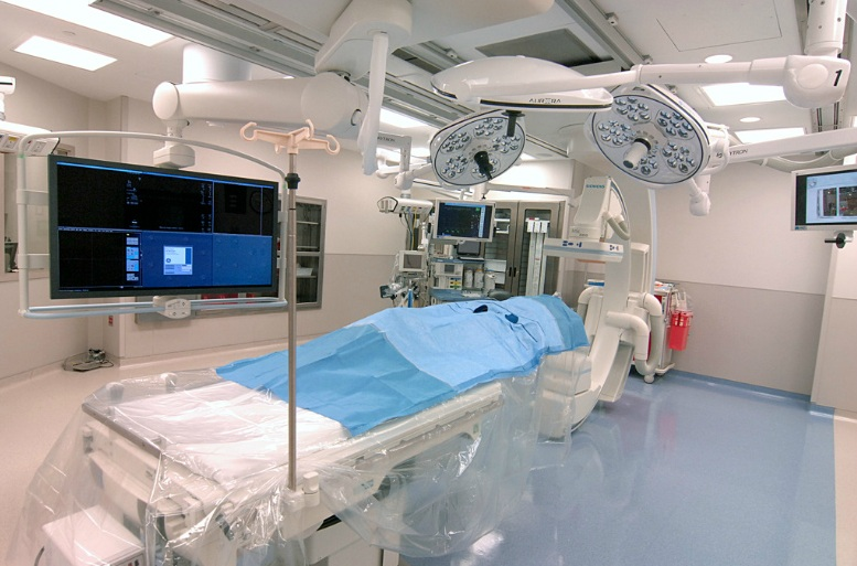 Hybrid-OR-Operating-Room-Siemens-Artis-Zee-Ceiling-Mount-with- Skytron-Surgical-Lights-Skyton-Booms- MI-3.jpg