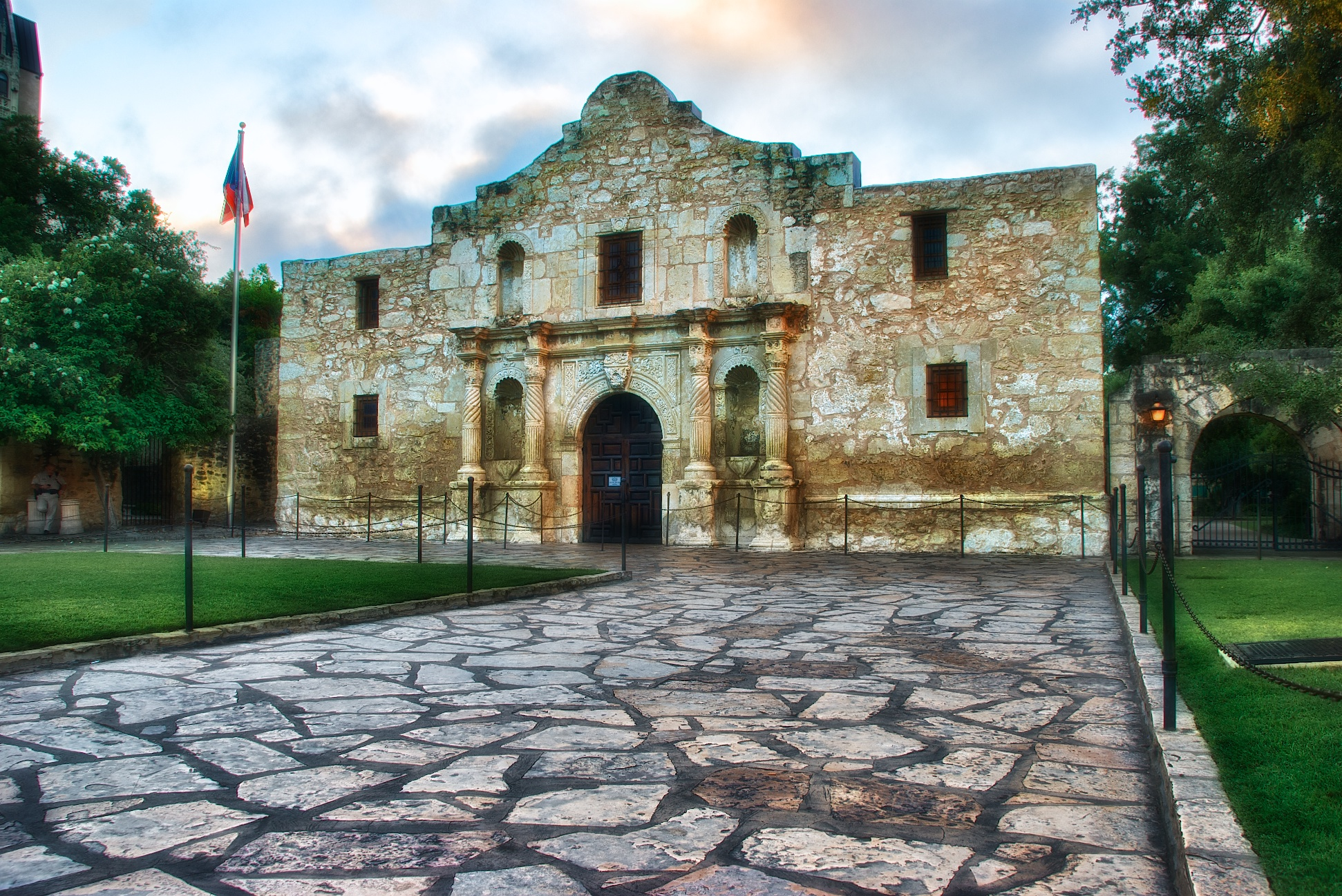 the Alamo.jpg