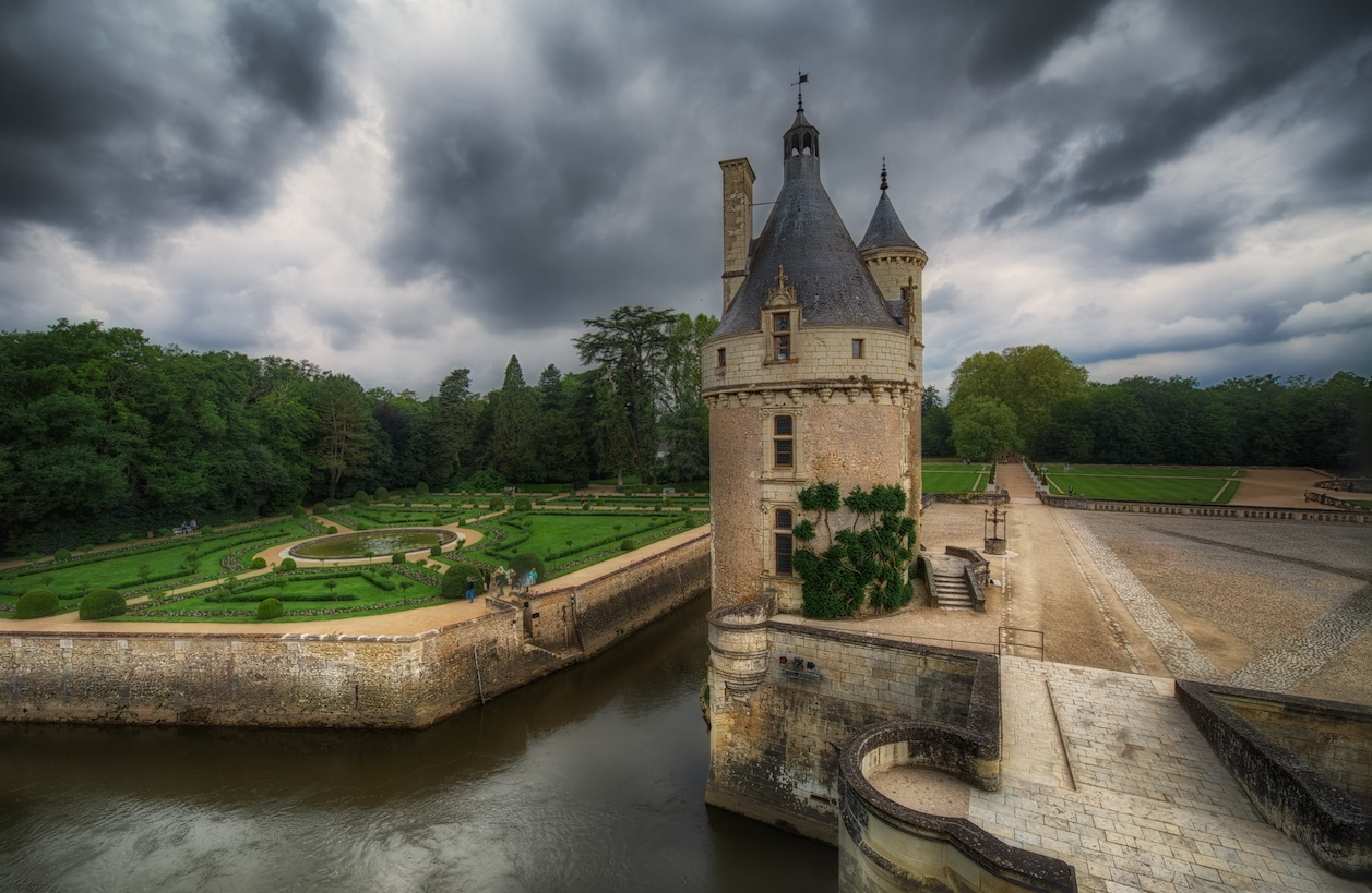 ChenonceauHDRhighview.jpg