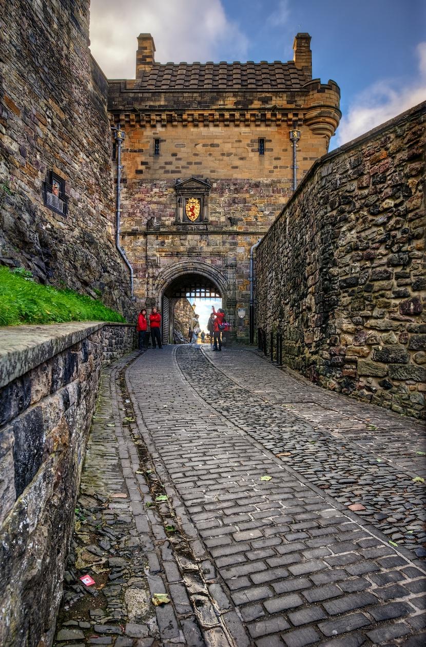 EdinburghCastleHDR2.jpg