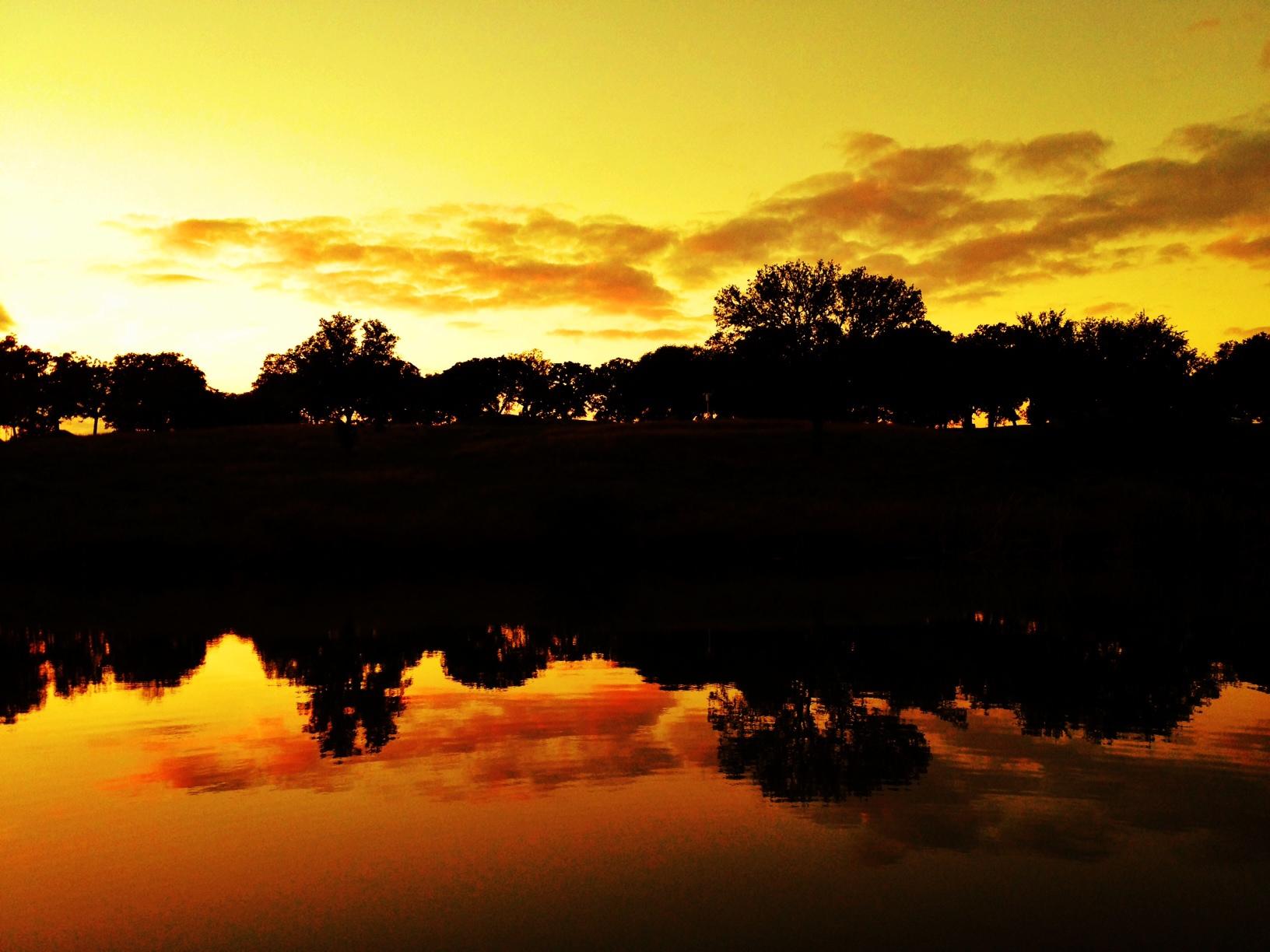 iPhone-Fredericksburg-sunset-golden.JPG