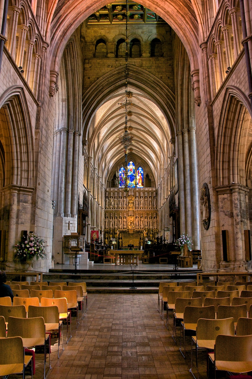 The main aisle of Southwark Cathedral - pretty sweet huh?
