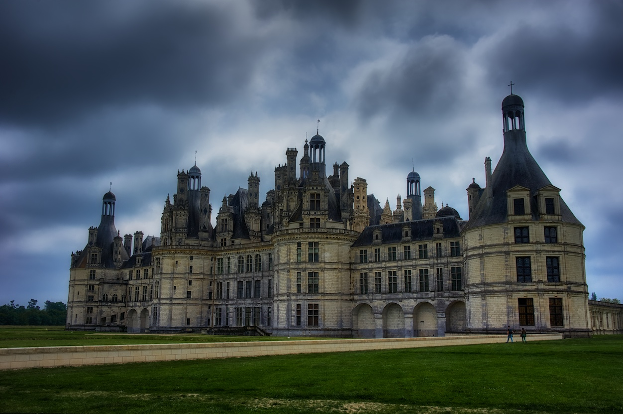 As I was approaching the chateau, I just had to stop for this shot.