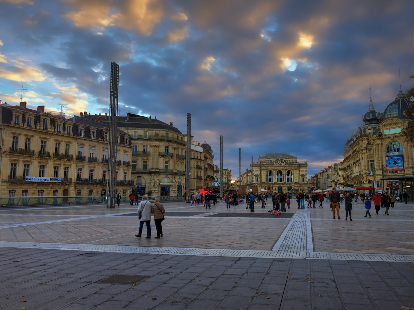 Montpellier-France-sunset-Place-Comedie-HDR-1.jpg
