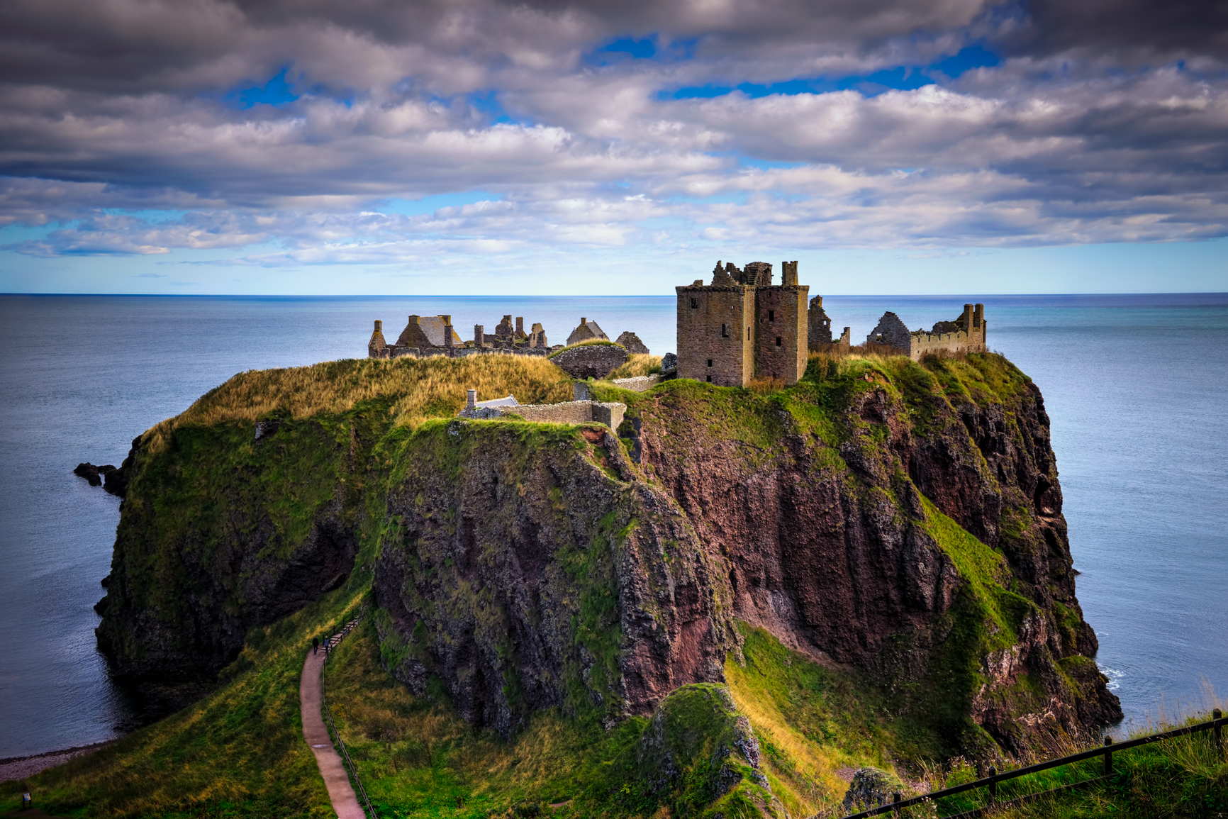 3 exposure HDR, f/11, tripod, ISO 100, 36mm  --  Dunnottar Castle, Stonehaven, Scotland