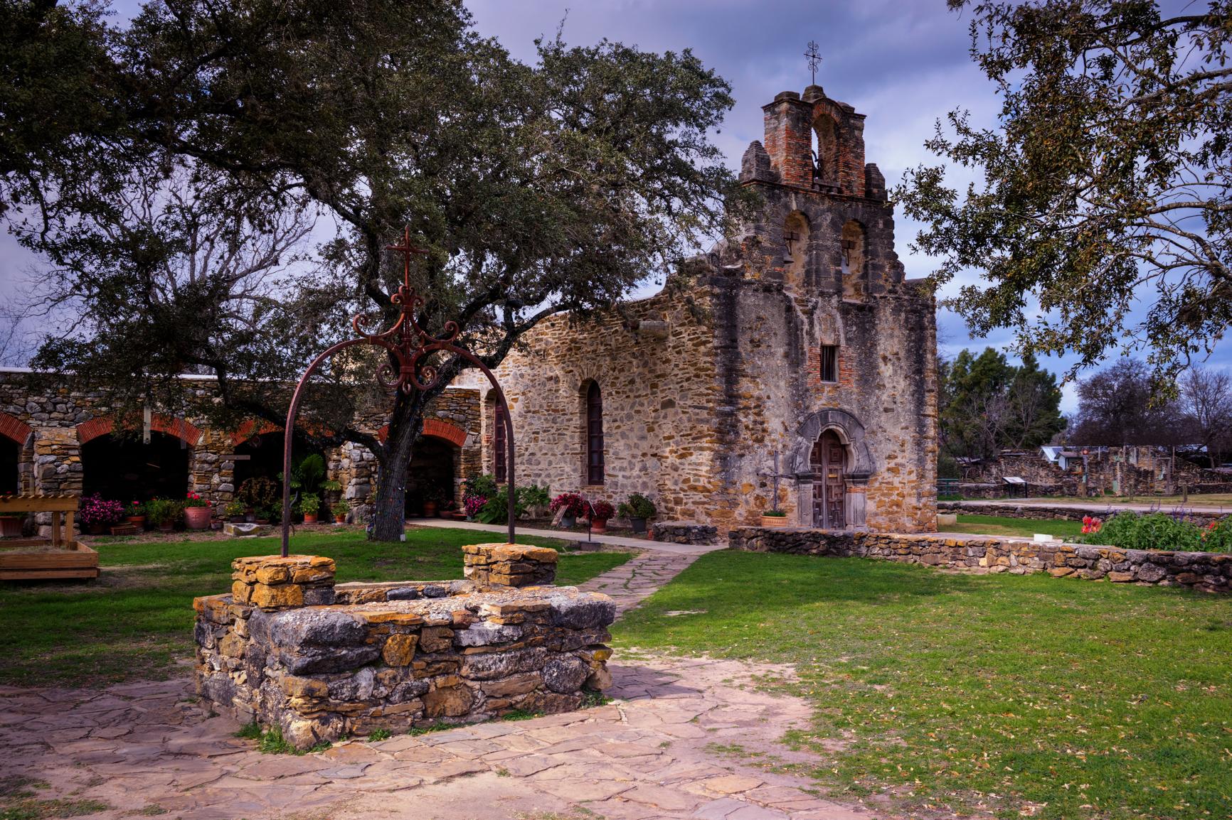 3 exposure HDR, f/11, tripod, ISO 100, 35mm -- San Antonio, TX (Mission Espada)