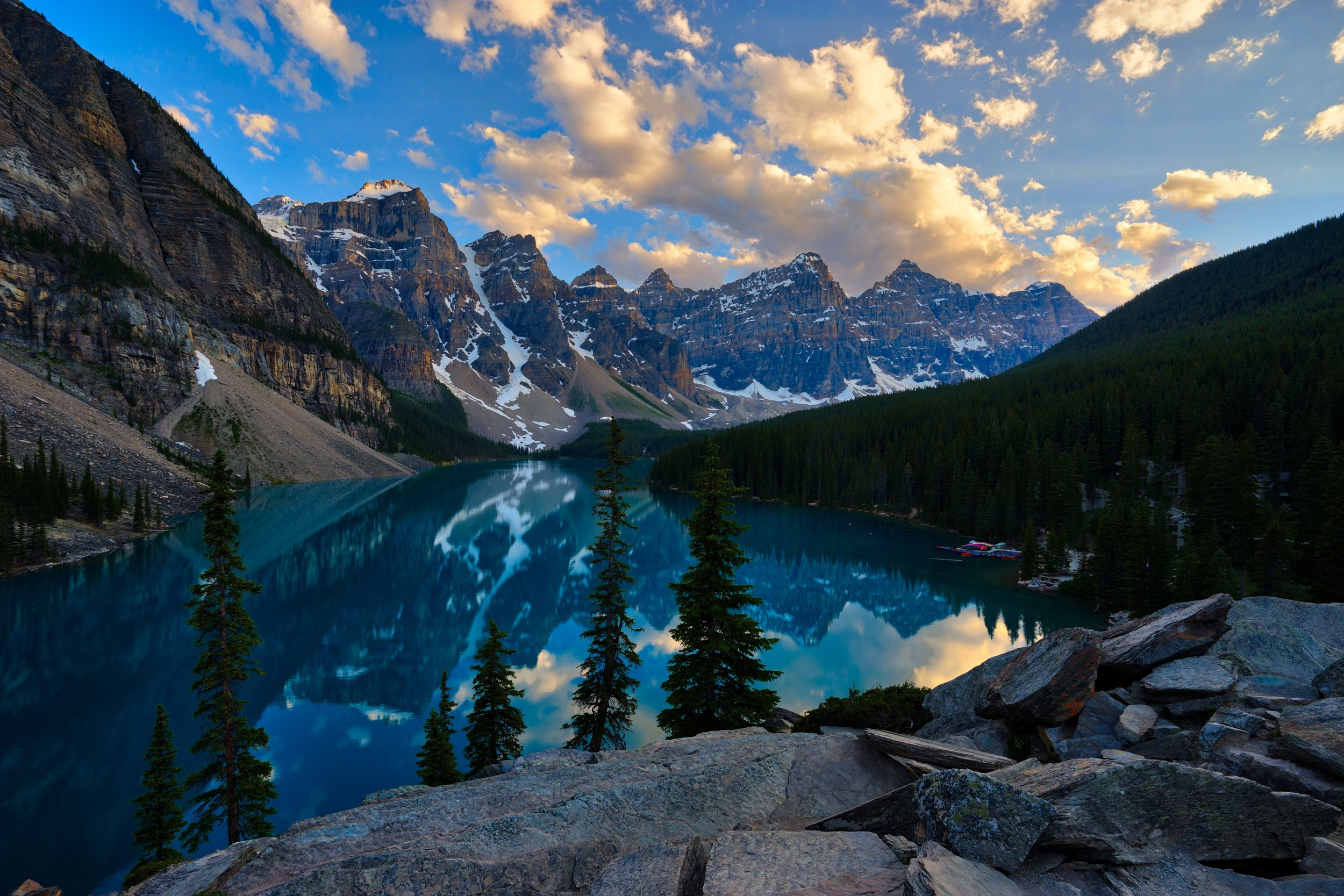 Moraine-Lake-HDR.jpg