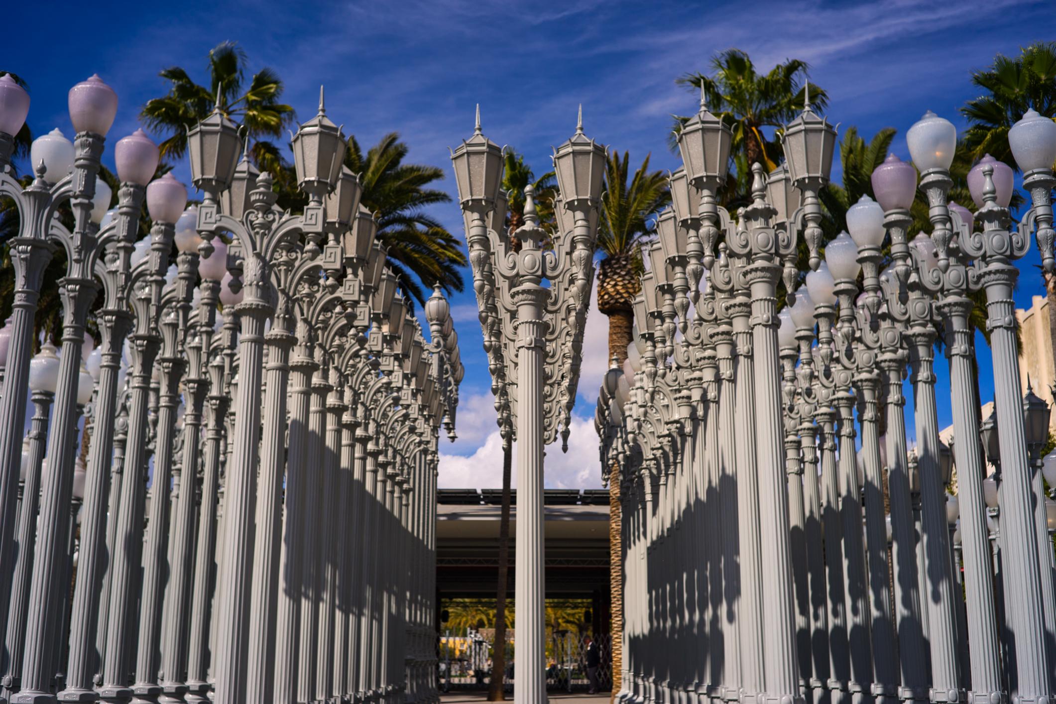 Los-Angeles-LACMA-lamp-posts.jpg