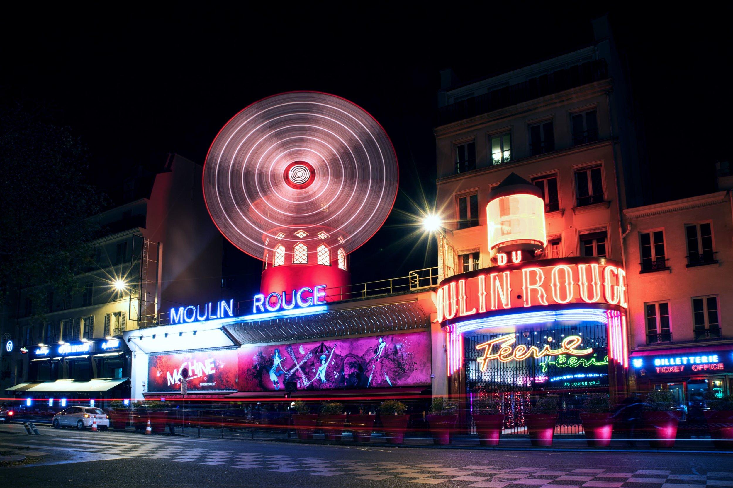 France-Paris-Moulin-Rouge-neon-long-exp-1az.jpeg