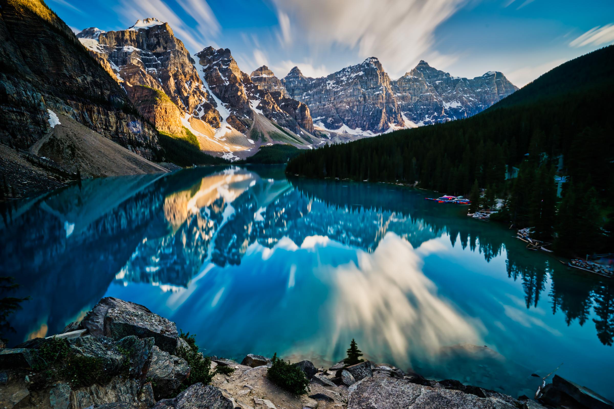 Canada-Banff-Moraine-Lake-sunset-LE-dramatic.jpg
